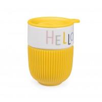 Керамическая чашка в виде стакана